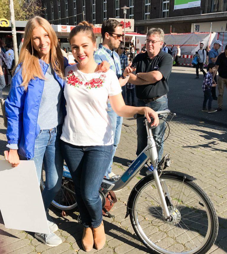 Tagesausflug nach Düsseldorf: Ich teste das Fahrradverleih-system FordPass Bike!