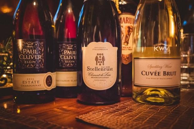 Unsere Tipps für ein Festtagsmenü aus Südafrika: Sosaties, Bobotie, Malva Pudding + südafrikanische Weine
